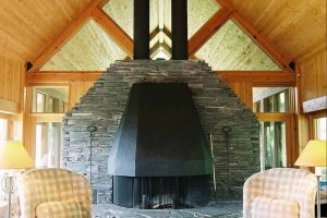 bridge_house_fireplace