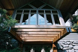 bridge_house_frontentrance